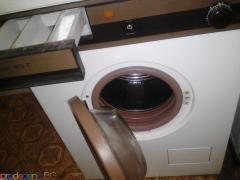 Пералня AEG